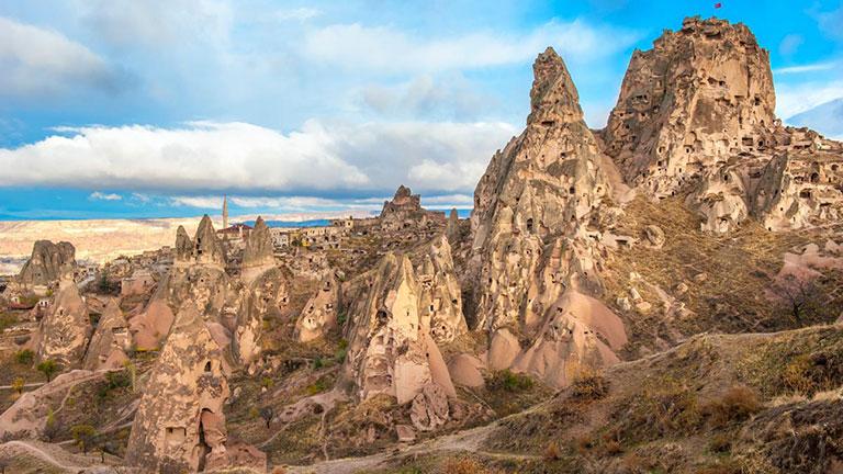 Klasik Kapadokya Turu Uçhisar