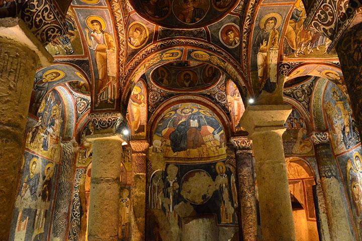 goreme-karanlik-kilise