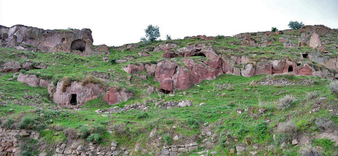 Kayseri'de 52 Odalı Yeraltı Şehri Bulundu